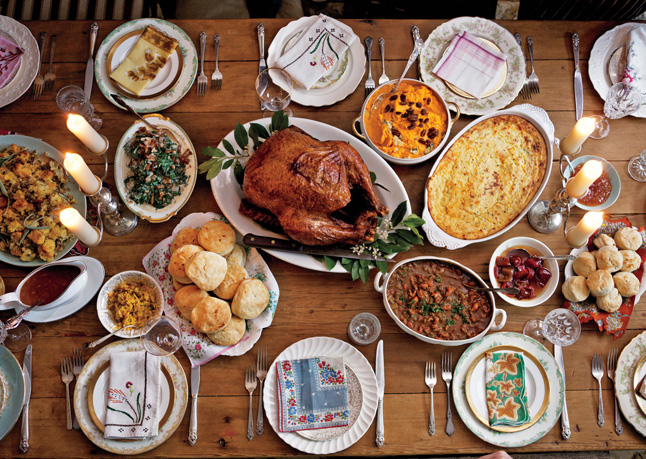 The American food to trump ALL American foods, it's the traditional Thanksgiving dinner!