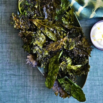 201010-HD-crispy-kale-with-dip